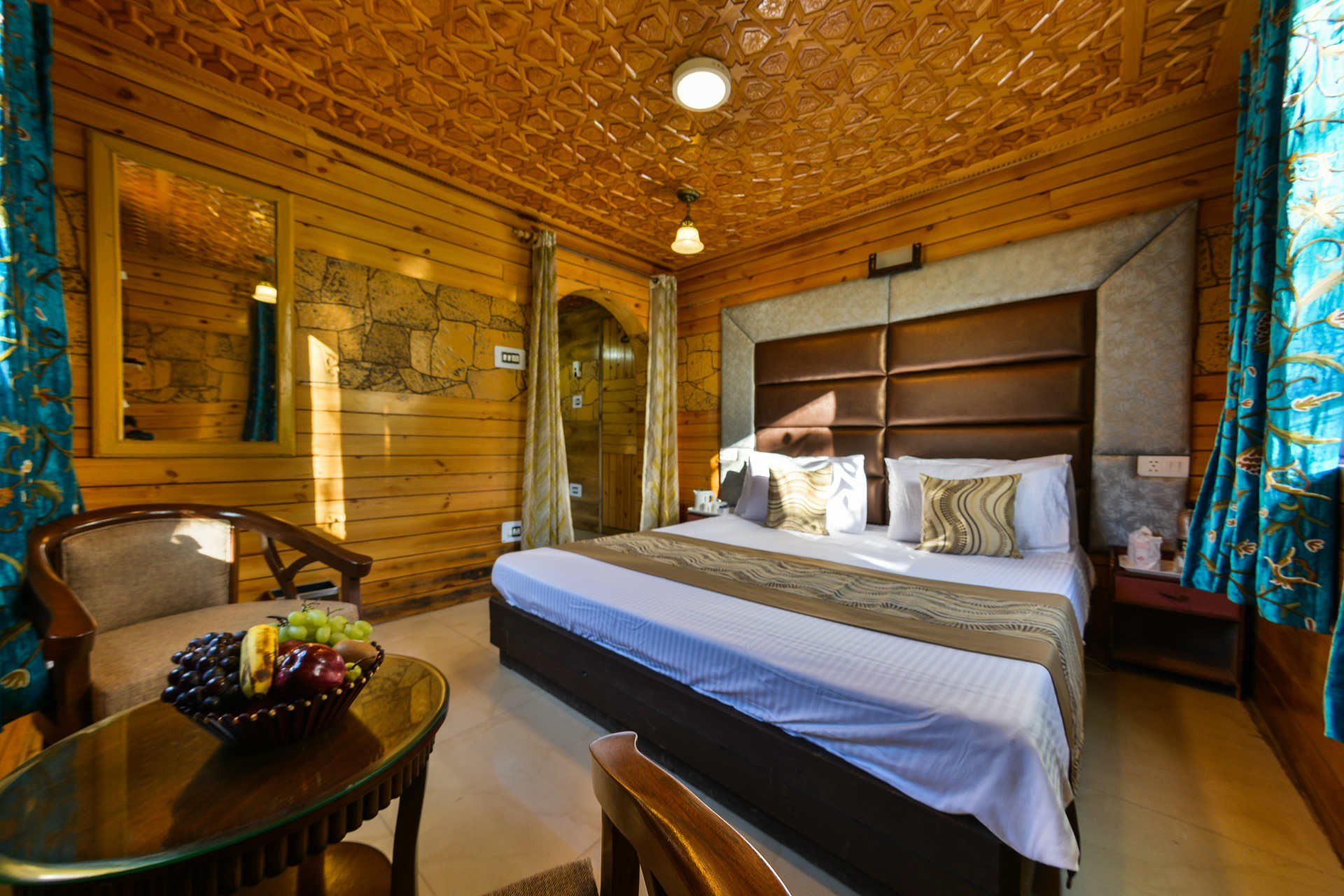 ROOMS-IN-PARISTAAN-RESORTS